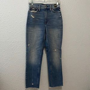 Abercrombie and Fitch mom jean